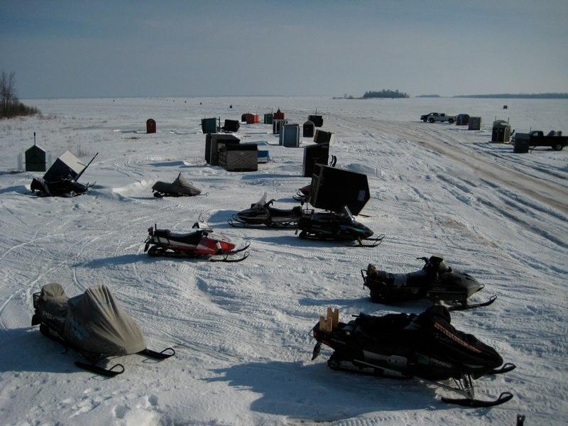 Ice fishing gallery for Saginaw bay fishing report
